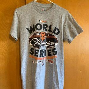 Magestic brand San Francisco giants T-shirt